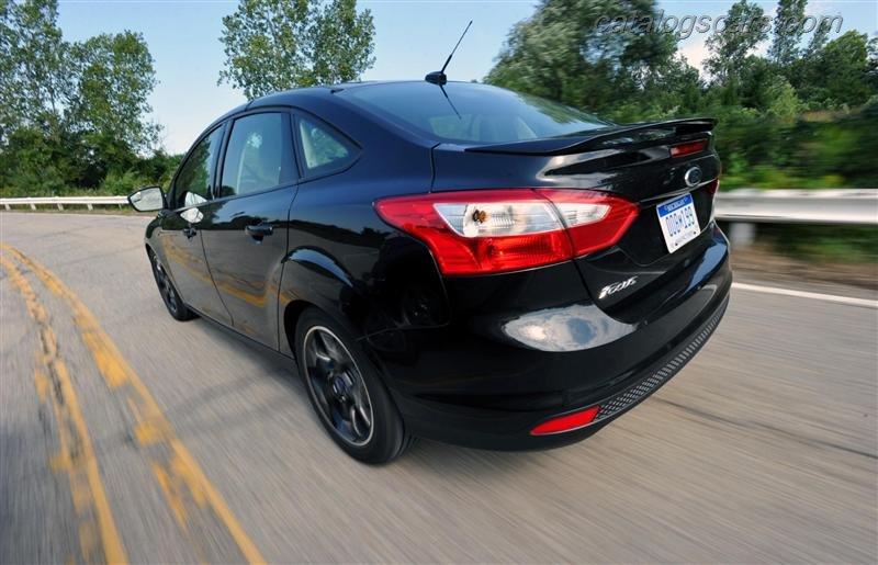 صور سيارة فورد فوكس  2014 - اجمل خلفيات صور عربية فورد فوكس  2014 - Ford Focus  Photos Ford-Focus_2012_800x600_wallpaper_13.jpg