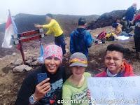Fenomena Pendaki Kertas di Puncak Gunung
