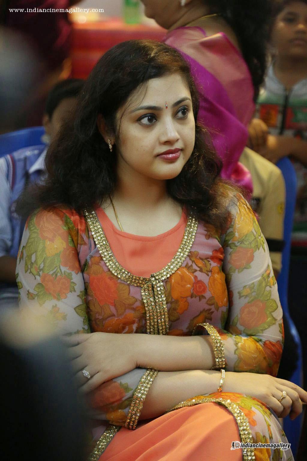 Tamil actress meena hot commit