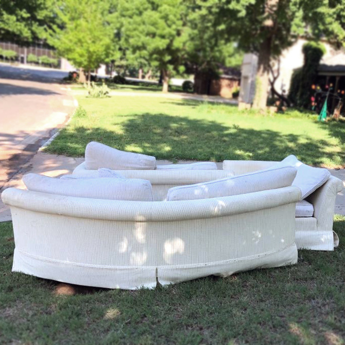 Craigslist Curb Alert Free Sectional Sofa 15 More Curb Finds You Can Get Your Hands On Today Craigslist Garage Sales Oklahoma City