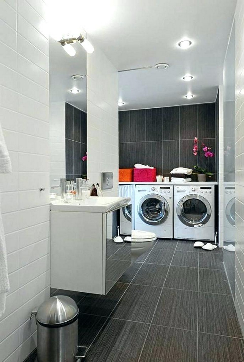 Neat Composition Inspiration of Laundry - Mindblowing!!