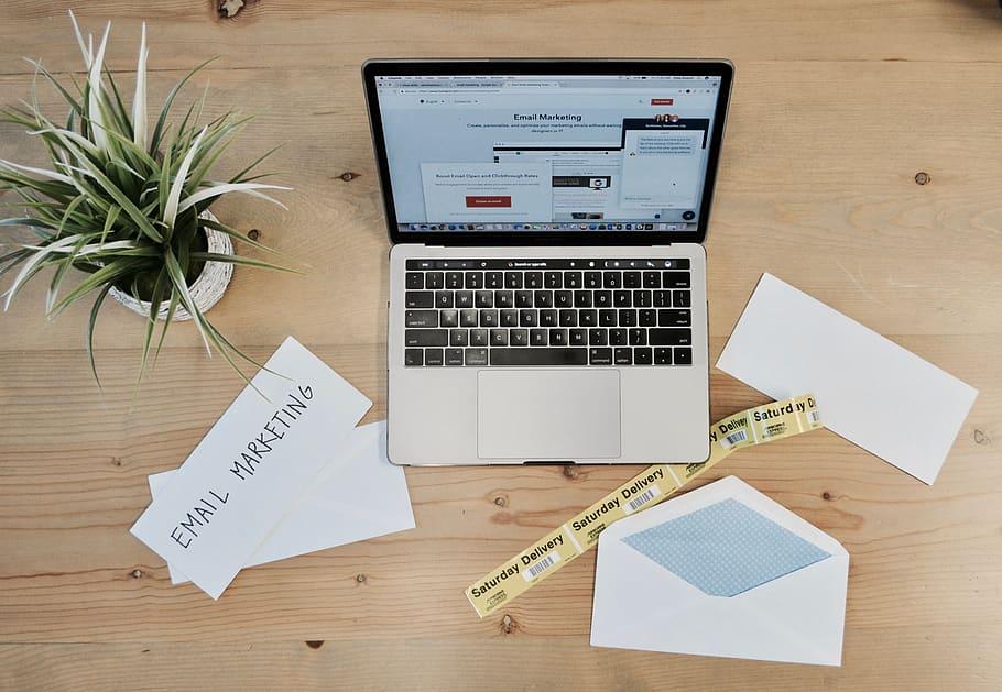 5 Contoh Email Untuk Kepentingan Bisnis Yang Terbaik