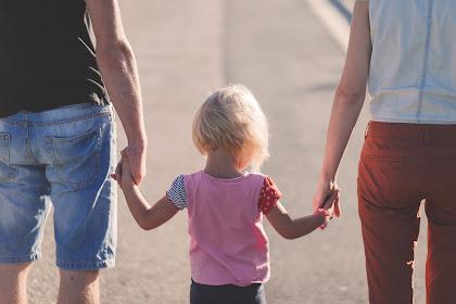 Ketahui Pentingnya Peran Orang Tua Terhadap Anak