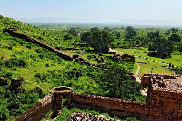 bhanghar fort history in hindi