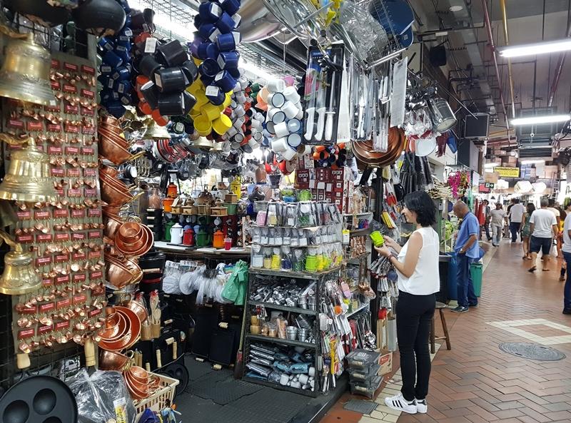 Mercado Central de Belo Horizonte: lojas de artesanatos e lembrancinhas