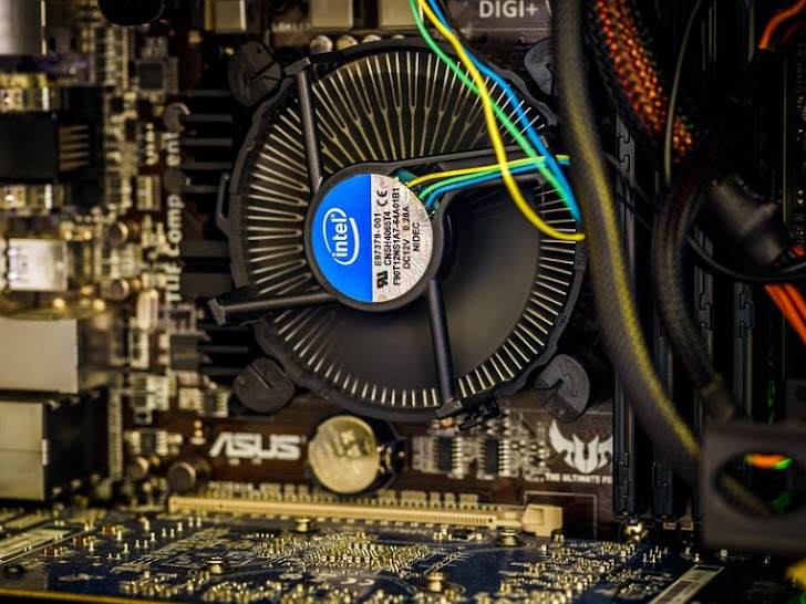 Hardware Komputer: Pengertian, Jenis, dan Fungsi Perangkat Keras Komputer