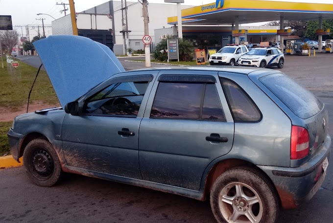 Veículo roubado em Canoas é recuperado em Cachoeirinha