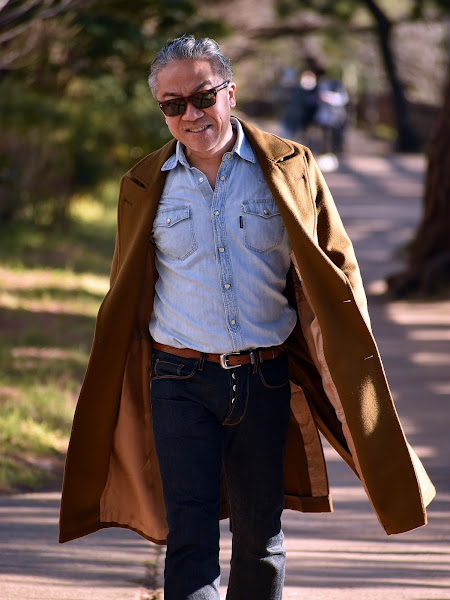 40代メンズのブルー シャツ