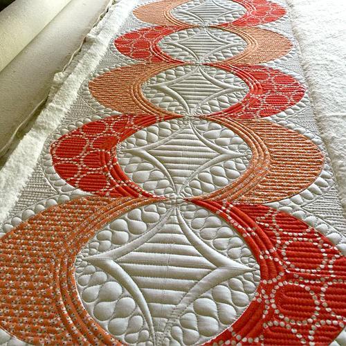 QCR Mini Runner - Free Quilt Pattern