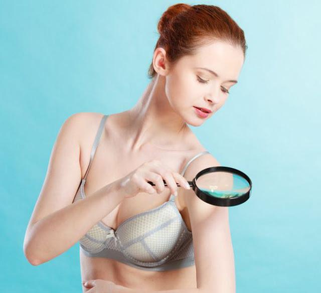 Como fazer o autoexame do câncer de pele e indica a quais sinais você deve ficar atento.
