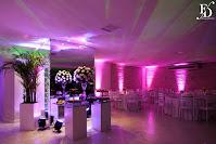 casamento com cerimônia na igreja santa teresinha do menino jesus na ramiro barcelos em porto alegre e recepção no salão ipanema do ipanema sports na zona sul de porto alegre com decoração simples toda em branco por fernanda dutra eventos