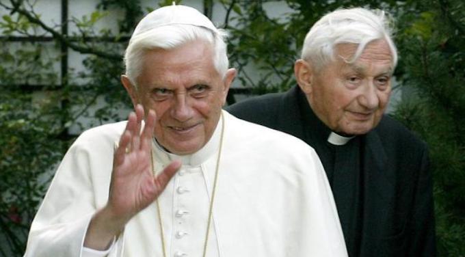 E' morto Georg Ratzinger, fratello di Benedetto XVI