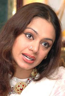 Shobana to direct a malayalam film
