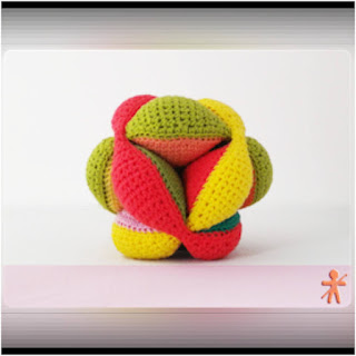 patron amigurumi Amish puzzle ball (pelota Montessori) amigurumisfansclub