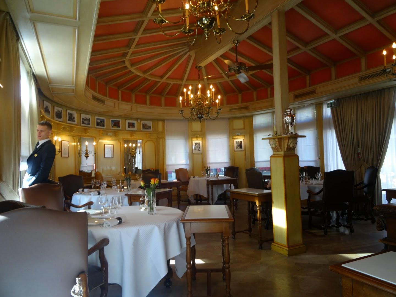Intérieur restaurant Paul Bocuse Collonges.