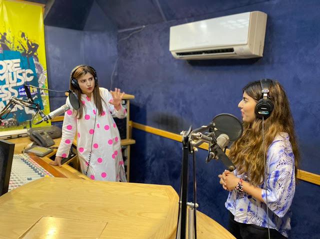 Zaw Ali and Sara Baloch during Chill Karo with Sara Baloch at Samaa FM