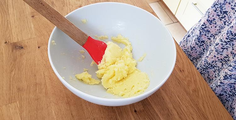 Crémer beurre et sucre