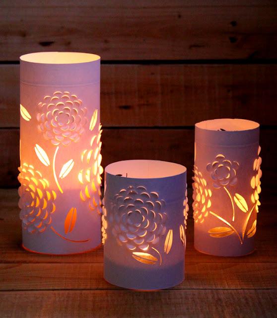 Làm đèn độc đáo từ nến và giấy