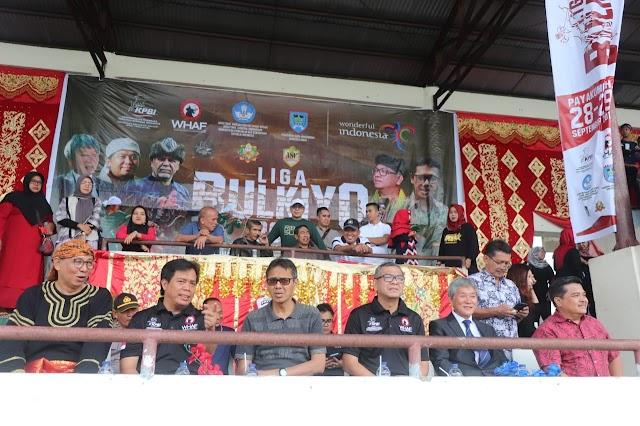 Bersama Gubernur Irwan Prayitno, Walikota Riza Falepi Buka Lomba Panahan Berkuda Liga Bulkiyo 2019