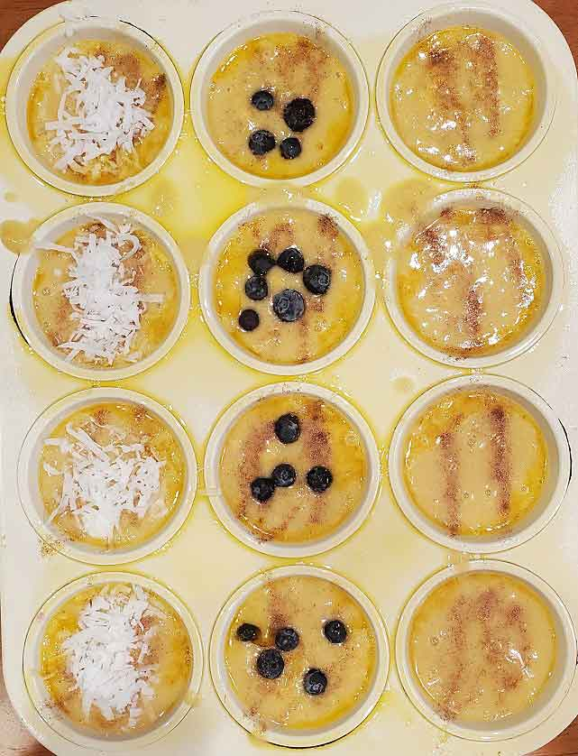 muffins with mango with toppings