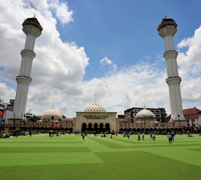 Tempat Wisata Religi Masjid Agung Bandung