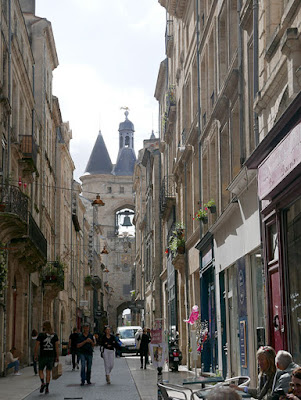 The big bell (a medieval gate containing a giant bell), Bordeaux
