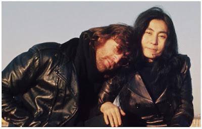 Gambar Jaket Kulit John Lennon dan Yoko Ono