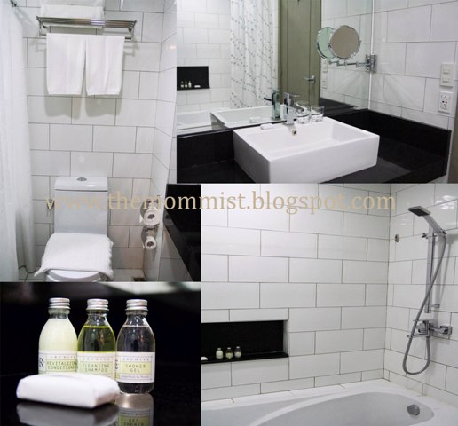 Azalea Residences bathroom