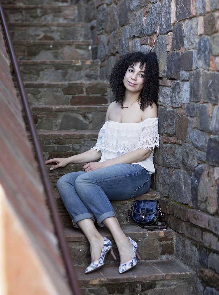 amber_lucas_amused_blog_rockport_heels_natural_hair_wine_country_blogger