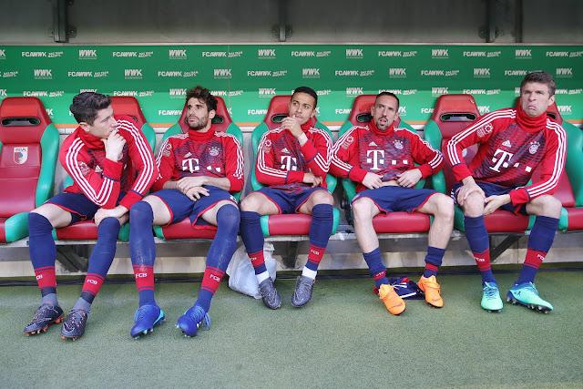Augsburg 1-4 Bayern: Chào nhà vua… cũ! 1