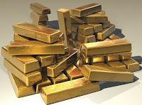 Keuntungan dan kelemahan investasi emas batangan dan perhiasaan