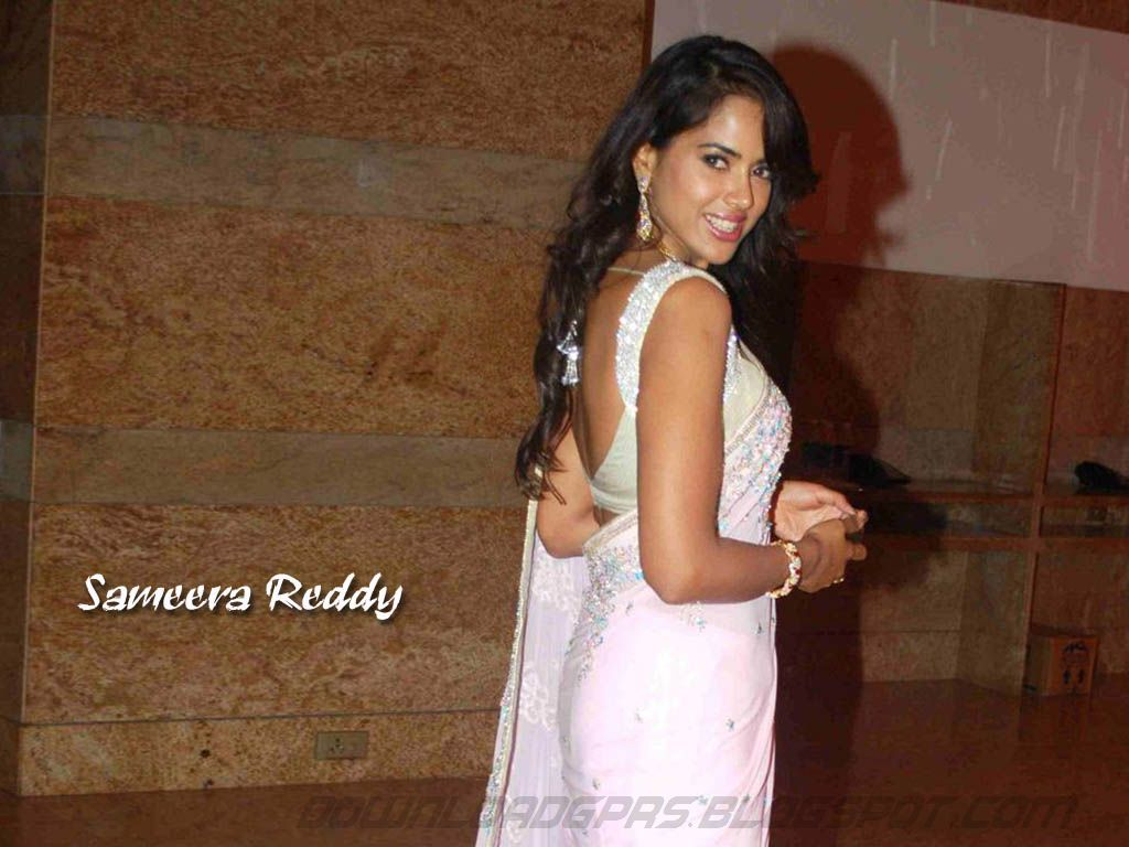Lukeyharuno Latest Sameera Reddy Hot Wallpapers  Sexy -8318