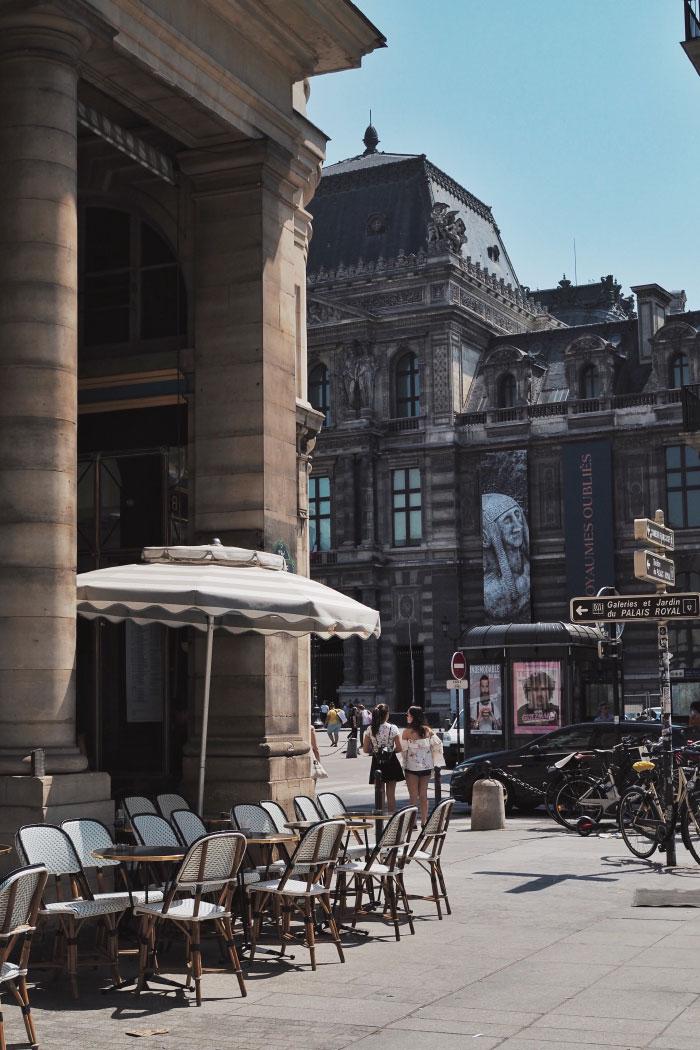 Promenade dans les rues de Paris