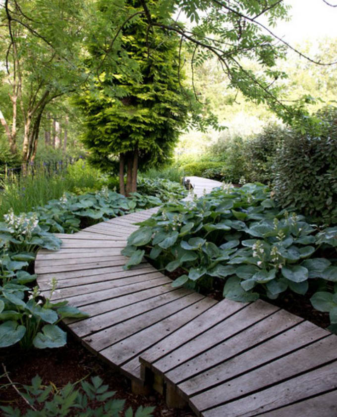 Diy garden path ideas boo gardening for Garden path ideas