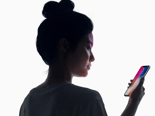 Iphone X : خاصية Face ID تعمل ببطئ عن Touch ID