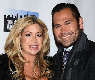 Michelle Mangan with her husband Johnny Damon