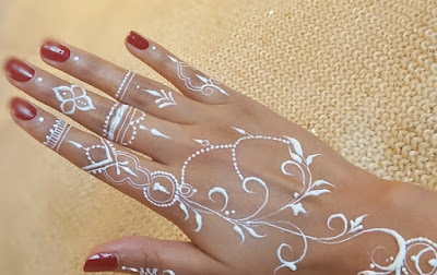 Gambar Henna di Tangan, Ini Koleksi Cantiknya