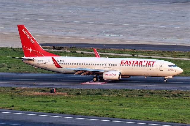 Eastar Jet Boeing 737-800