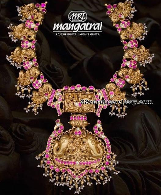 Nakshi Work and Kundan Set by Mangatrai