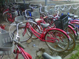 sepeda di kampung inggris pare