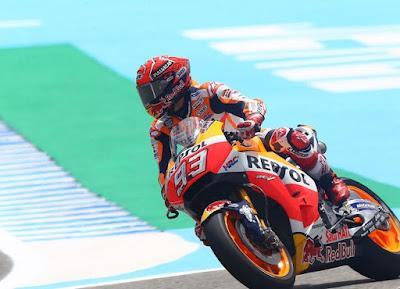 Marquez Tak Khawatir Kalah Jauh dari Pedrosa