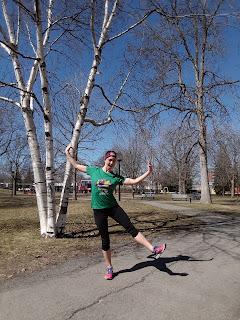 Coureuse, printemps, parc Ahuntsic, Montréal, capris