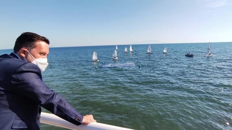 Άδοξο τέλος για τη σημαία των 2.232 ευρώ στη θάλασσα της Αλεξανδρούπολης