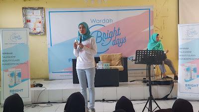 Wardah Gelar Bright Days di SMK Negeri 1 Bongas Edukasi Seputar Kecantikan dan Mode