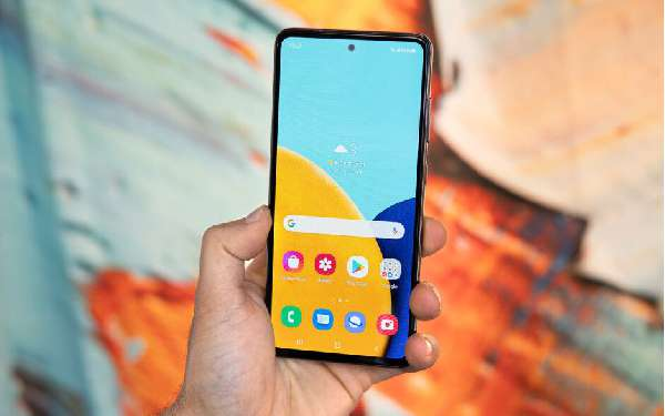 Android With AMOLED Screen