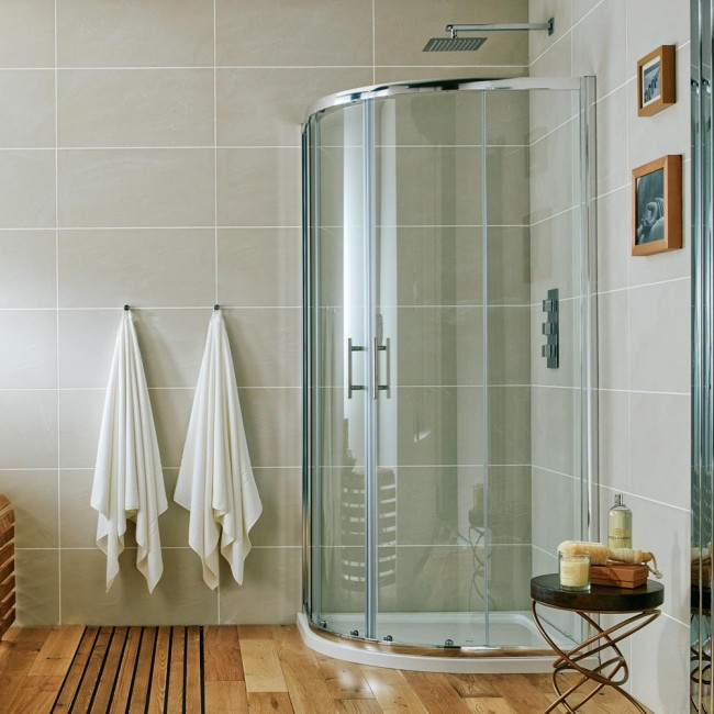 Rounded Swinging Glass Shower Doors