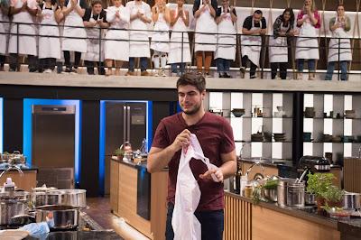 Gabriel perde a chance de se tornar o melhor chef amador do país. Crédito: Shirley Reinis/Band
