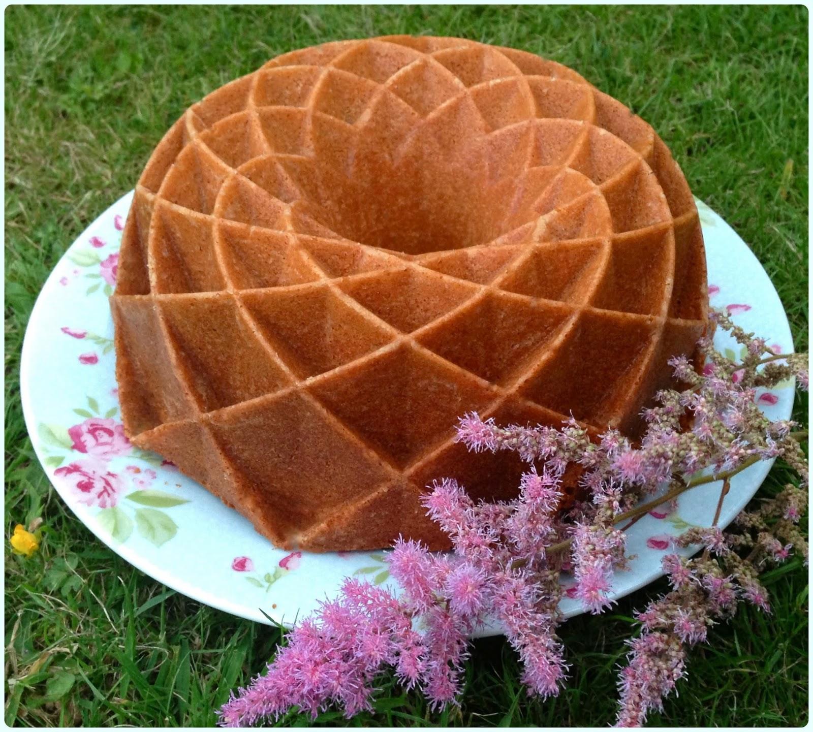 Jubilee Bundt Cake Pan