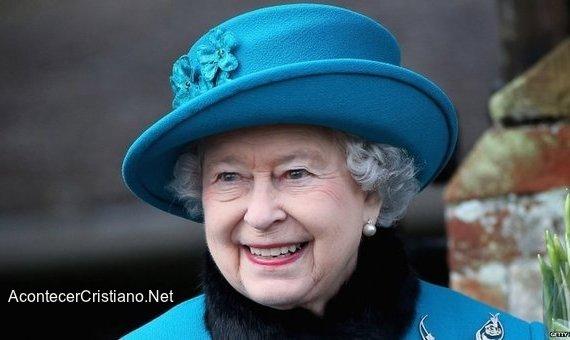 Reina Isabel de Inglaterra reconoce que Jesús es el Rey