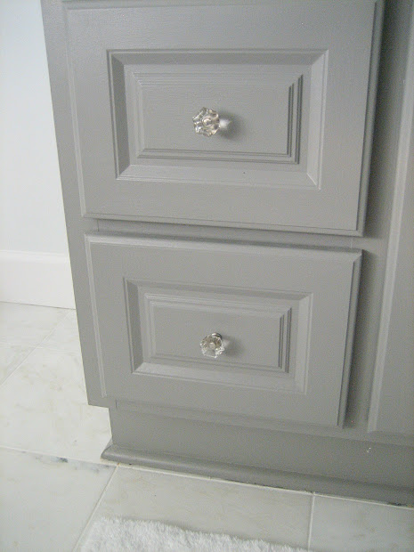 Bathroom Vanity with Glass Knobs